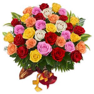 Buchet din 35 de trandafiri multicolori